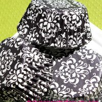 Elegant Black Damask Cupcake Liners by thebakersconfections