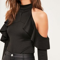 Missguided - Black Frill detail cold shoulder bodysuit