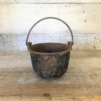Cauldron Cast Iron Cauldron Primitive Cast Iron Pot Metal Planter Farmhouse Decor Antique Metal Kettle Antique Shallow Cauldron Handled Pot