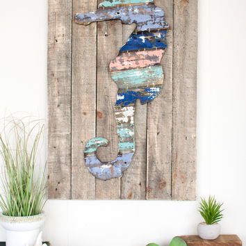 Wooden Seahorse Wall Art