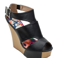 Kendall-18 Vogue Caged Wedge