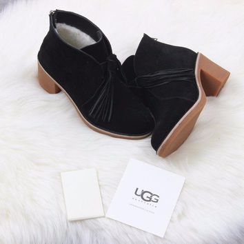 Best Online Sale Ugg 1018642 Black Suede Classic Corin Shoes