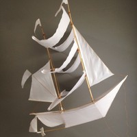 Catbird ::   :: The Wendy Darling Sailing Ship Kite