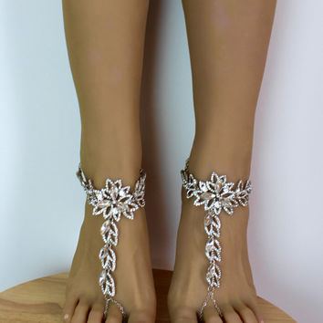 Salma Barefoot Sandals Flower Foot Jewelry bridal sandals Beach wedding Shoes Rhinestone Sandals Ankle Bracelet Silver Anklet for Bride