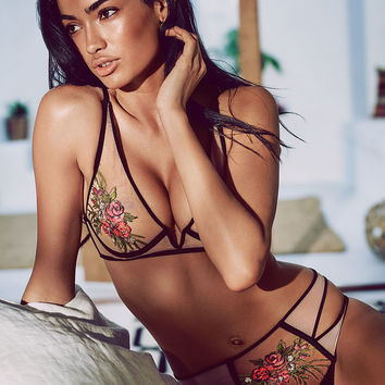 Rose Embroidered Plunge Bra - Very Sexy Luxe - Victoria's Secret