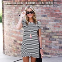 Black And White Striped Causal Dress B008097