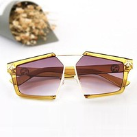 GUCCI New Trending Women Stylish Bee Summer Sun Shades Eyeglasses Glasses Sunglasses I12884-1