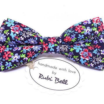 Black flower bow tie, wedding tie, mens floral neck wear, bow tie with red and blue flowers, bow ties for men, pocket square, wedding bows