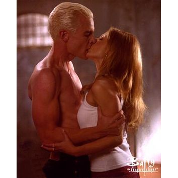 Buffy The Vampire Slayer Cast Poster Spike Buffy Kiss 27inx40in