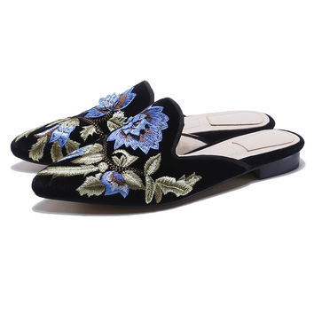 New Fashion Velvet Embroidery Flower Woman's Pointed Toe Flats Mules Shoes Females Slip on Slippers Mules Lady Chic Shoes Slides