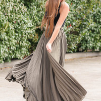 A Night To Remember Olive Maxi Skirt