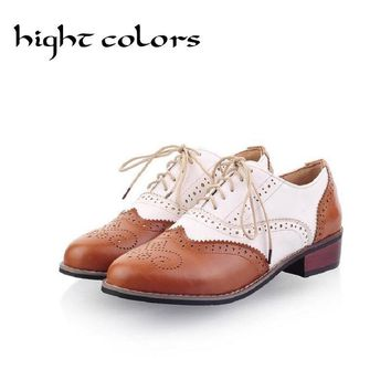 New 2018 Spring Round Toe Flat Brogue Oxford Shoes For Women Plus Size 34-43 Carved Lace Up Women Oxfords Shoes Woman Sapatos