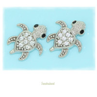 925 silver Baby Turtle Earring/Baby turtles hatched in the sand right now.First move towards the smell of the sea