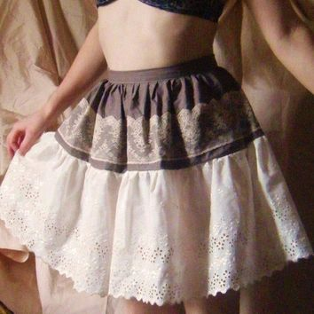 Prairie Maiden Walking Romantic Full Skirt w/ lace and by Folk
