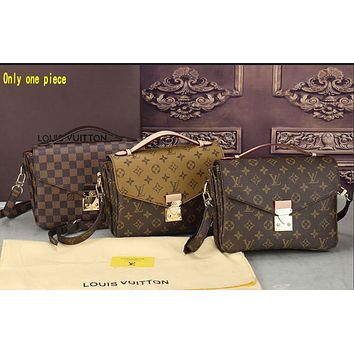 """""""LV"""" Louis Vuitton Printed Vintage Messenger Messenger Bag Small Square Tote ALL"""