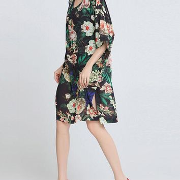 Casual V-Neck Side Slit Floral Printed Chiffon Kimono Sleeve Shift Dress