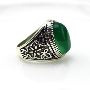 2017 White Antique Silver Classics Tibetan Silver With Natural Stone Ring Vintage Green Agate Rings For Men