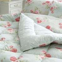 Cath Kidston - Antique Rose Bouquet Duck Egg Eiderdown