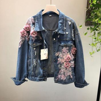 Trendy 2018 Spring Autumn Jeans Jacket Coat Woman New Heavy Stereo Pink Flower Embroidered Hole Denim Jackets Student Basic Coats AT_94_13
