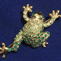 Monet Rhinestone Frog Brooch Pin Green Glass Stones Figural Jewelry Gold Tone 618m
