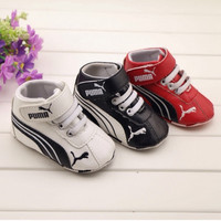 0-1 year old soft slip-resistant outsole baby shoes.