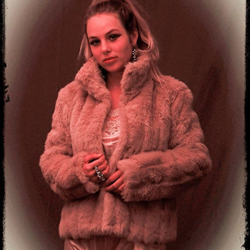 Vintage blush pink faux fur jacket / fluffy & pretty dusky powder puff rose fx mink coat / lined boho piece Stevie Nicks inspired