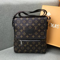 LV 2019 new men's shoulder bag messenger bag