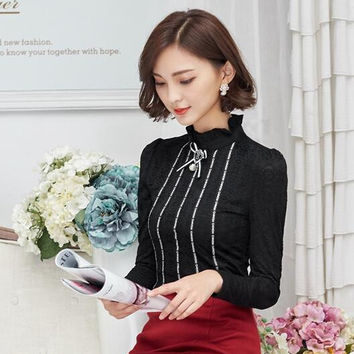 2016 new Korean Women clothing Slim lace shirt female long-sleeved lace tops hollow out stitching fashion women blouse