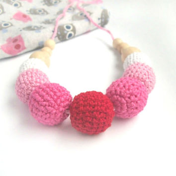 Cute Gradient pink Breastfeeding Necklace  /Yoga for children's fingers / Crochet teether / Nursing / Eco-friendly jewellry