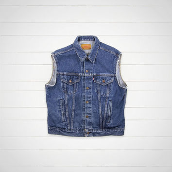 80s Vintage Levis Denim Vest / Levi Strauss & CO. Jean Vest / Hipster Urban Outfitters Style