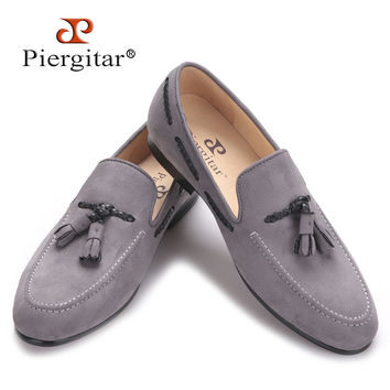Handmade men velvet shoes with new design of tassel  men casual shoes Party and Prom men's loafers