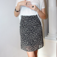 Canda for C&A 90's vintage soft grunge floral skirt; XS; black and white