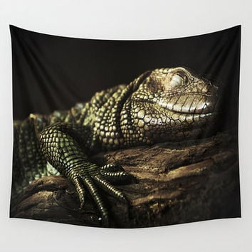 Lizard tapestry, black tapestry, animal tapestry, nature tapestry, komodo dragon, wall tapestry, reptile, unusual tapestry, lizard wall art