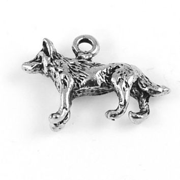 Wolf Silver Pewter Charm -1