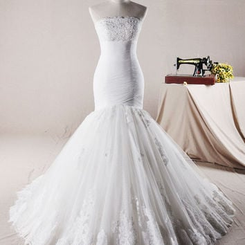 Exquisite Fit and Flare Lace Wedding Dress