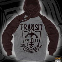 TRAN ANCHOR PULL HOOD ON MAROON AND GREY