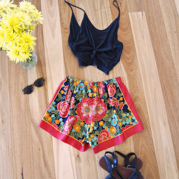 70s Floral Patterned Summer High Waisted Shorts Size M/L Handmade