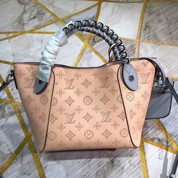 Louis Vuitton Lv Bag #20