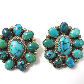 Art Akoya Earrings, Navajo Native American Jewelry. Flower Shaped Turquoise Earrings, Bisbee, Kingman Turquoise Cabochons