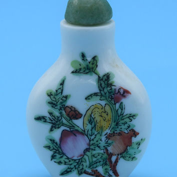 Chinese Snuff Bottle Vintage Porcelain Jade Top Floral Asian Snuff Miniature Ceramic Chinese Art Opium Snuff Bottle Gift for Her Mother
