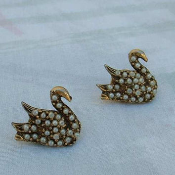Two Swan Lapel Pins Tie Tacs Seed Pearls Antiqued Goldtone Vintage Figural Jewelry