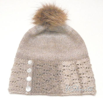 Hand knitted beige slouchy hat with fur pompom and buttons