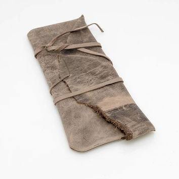 Charcoal Artist's Pouch, Artistic gift, Raw edge, Tool carrier, Brush bag, leather pencil pouch, Light brown, Rustic, Sturdy, Natural look