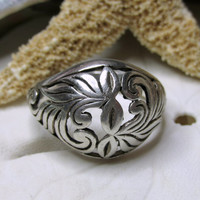 Vintage Sterling Silver Open Scroll Dome Ring  3.74g Size 8