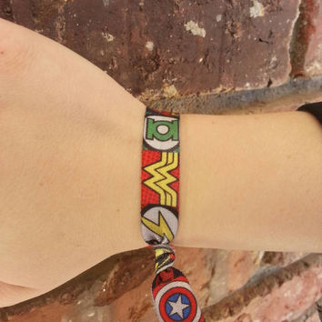 Superhero, Marvel Comics, DC Comics, hair tie, bow, headband, batman, spiderman, hulk, wonder woman, accessories, geekery, deadpool, flash
