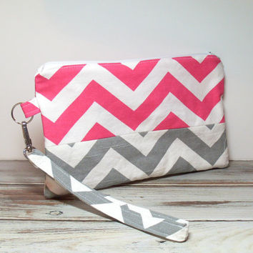 Teen Clutch Bag - Womens Cell Clutch - Pink and Gray - Summer Clutch Bag - Chevron Phone Clutch - Cell Phone Clutch - Bag Accessory