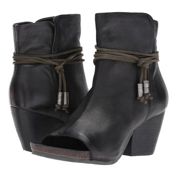 NEW OTBT Women's Boots Vagabond in Black Leather