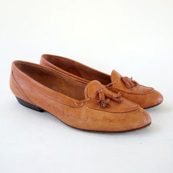 Tan Italian Leather Tassel Toe Loafers, Flats, Shoes by Nickels Size 8 1/2 B