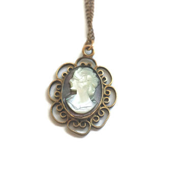 12K Gold Filled Cameo Pendant Necklace Mother of Pearl