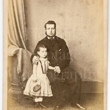 CDV Photo Carte de Visite Victorian Young Father & Daughter with Hand Bag Portrait - J D Lane of Hemel Hempstead Hertfordshire - Antique